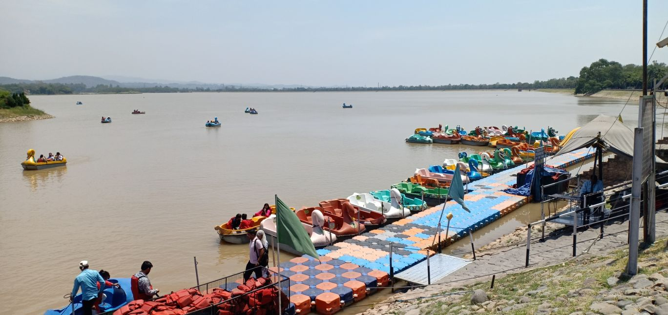 Photo of Sukhna Lake By CheLa The Excited Traveler