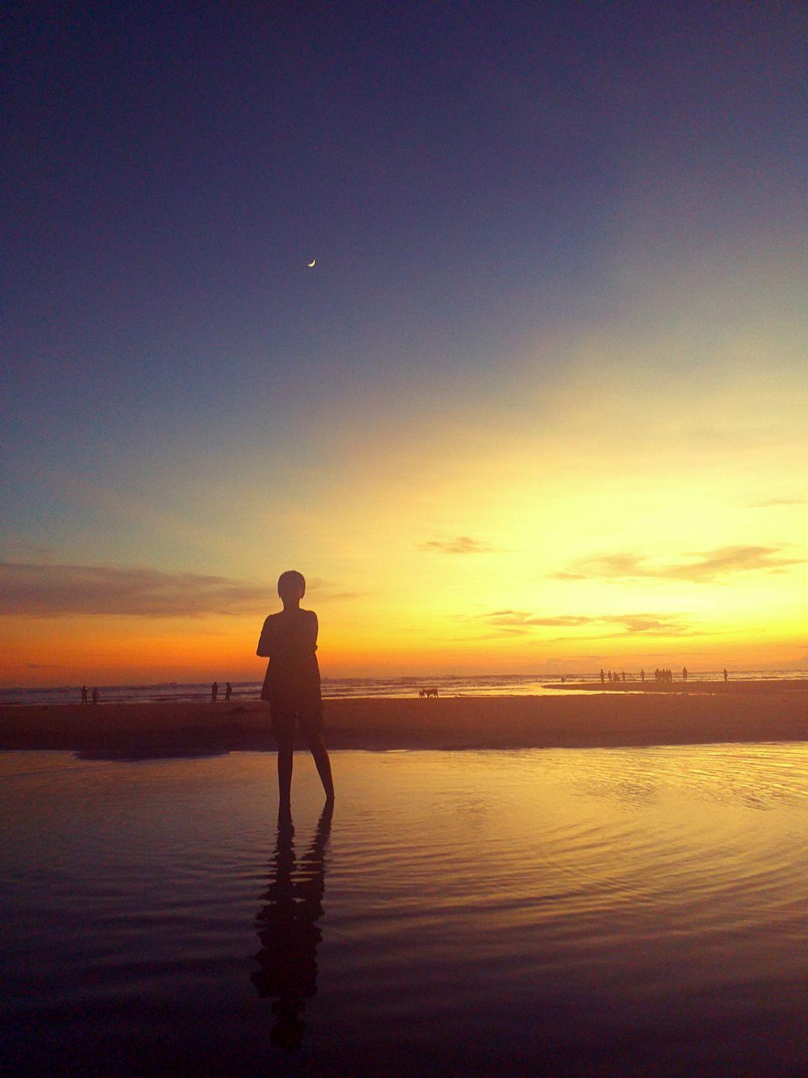 Photo of Miramar Beach By geetanjali