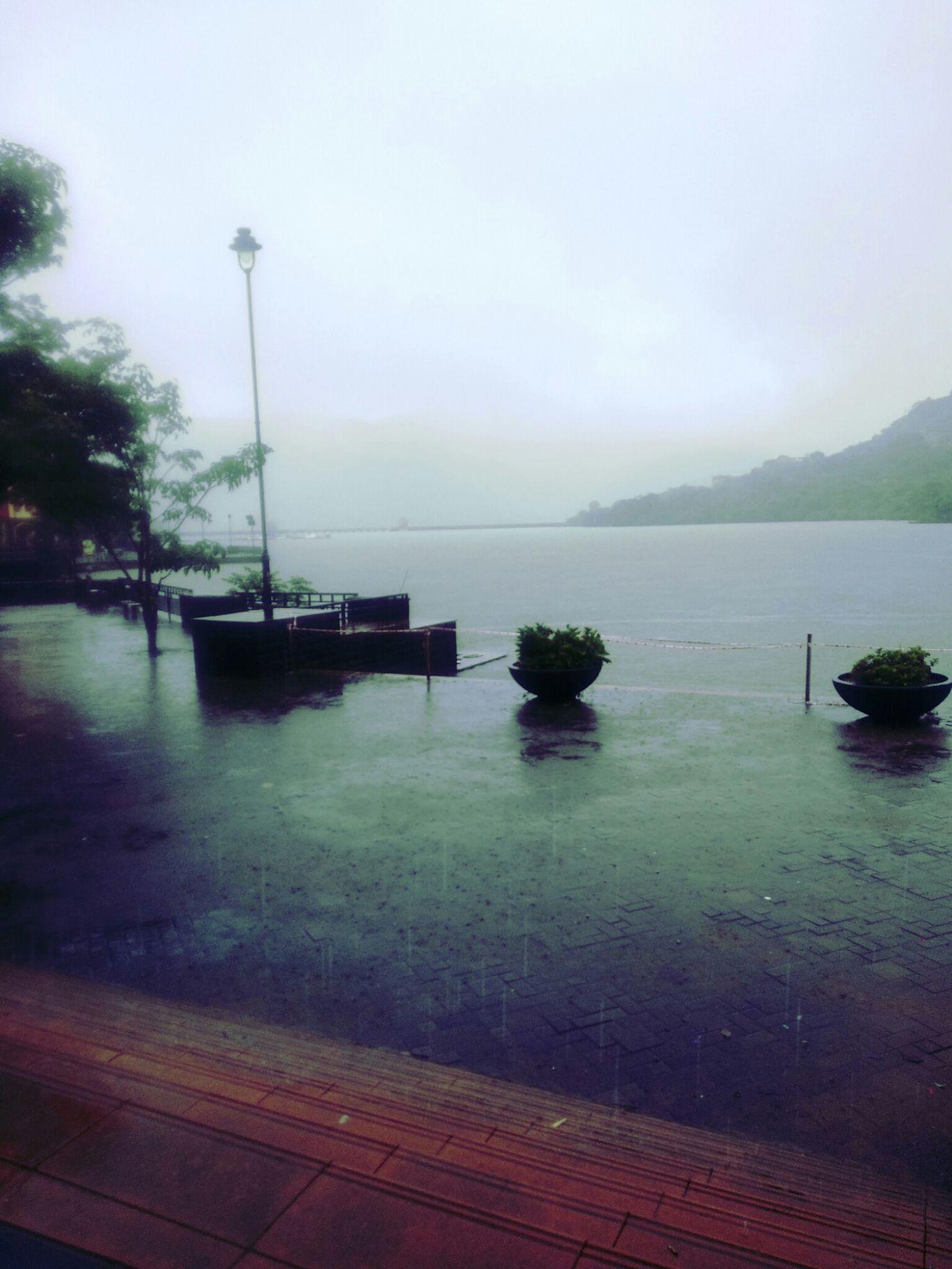Photo of Lavasa Lake By Maan Singh