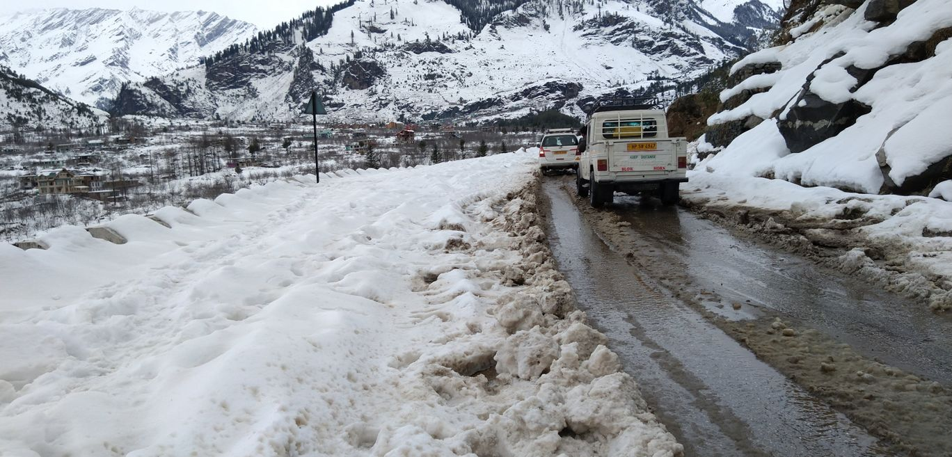 Photo of Solang Valley By LiVe tO dRivE ( dhAVan )