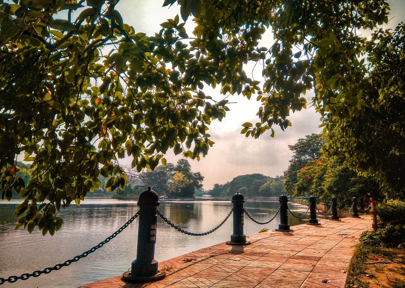 Photo of Rabindra Sarovar Lake By Subham Pattanayak