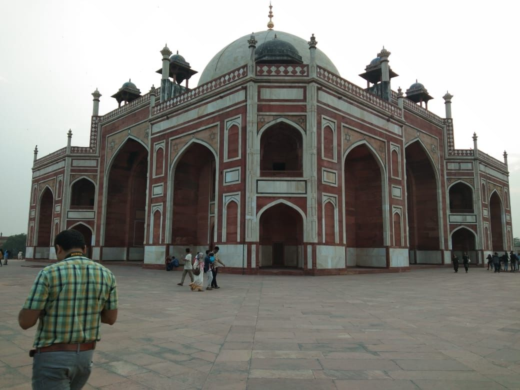 Photo of Humayun's Tomb By strings