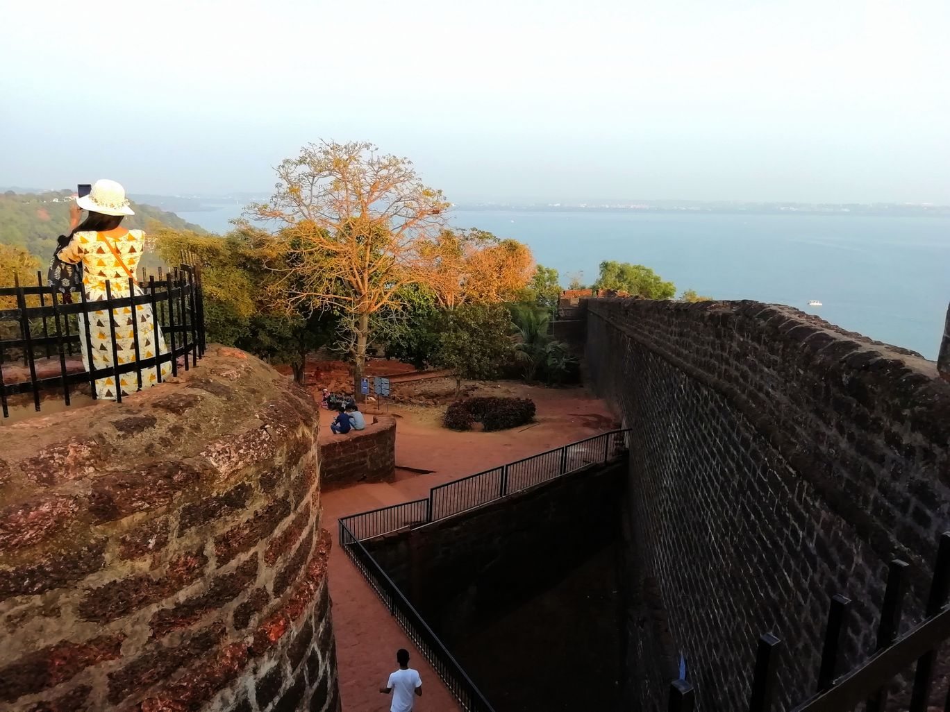 Photo of Fort Aguada Road By TrippersTale