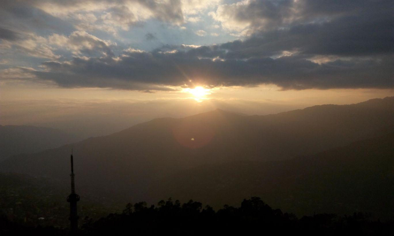 Photo of Darjeeling By Arin Jain