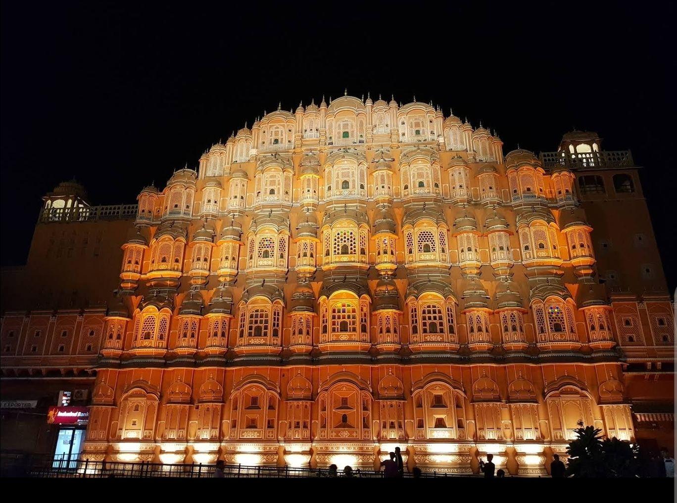 Photo of Hawa Mahal By TravelBug