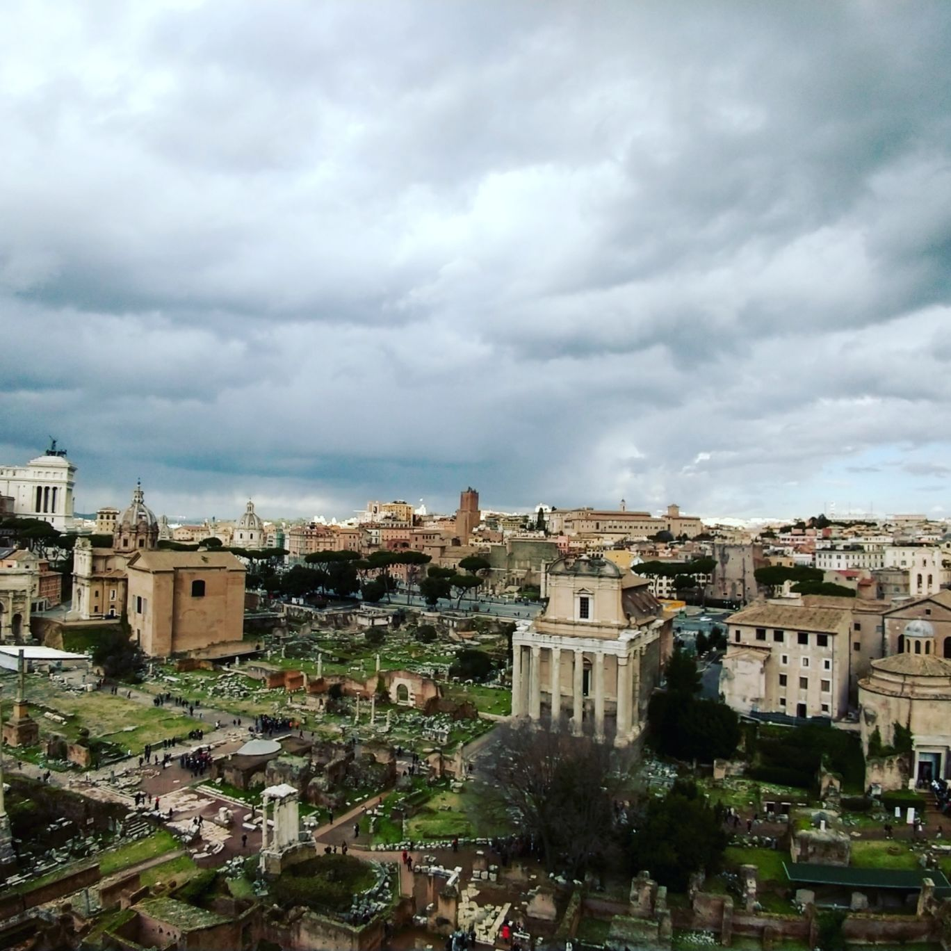 Photo of Roman Forum By cabinbagspacked
