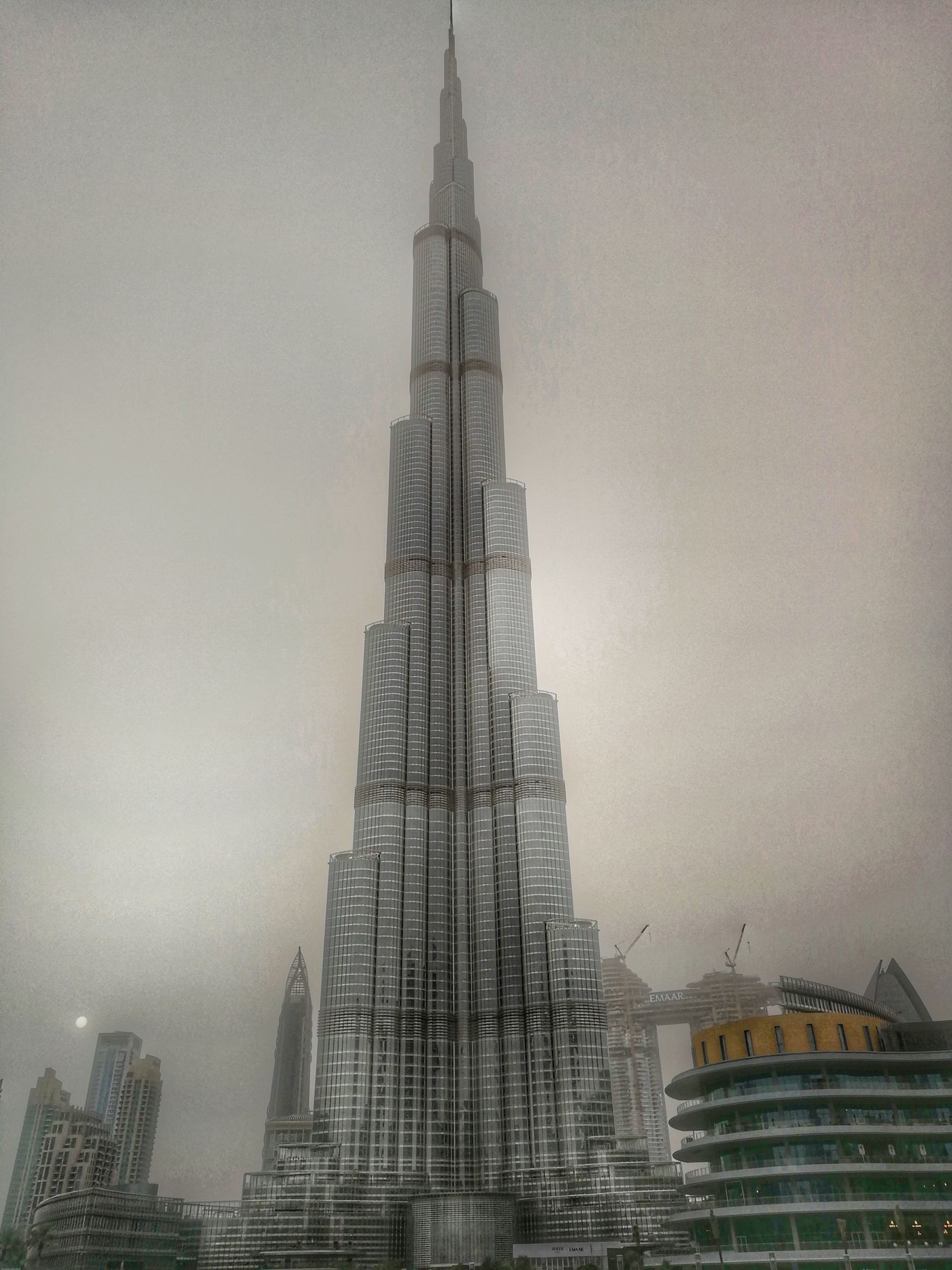 Photo of Burj Khalifa By Karthik Gandhi aka GastroHogger