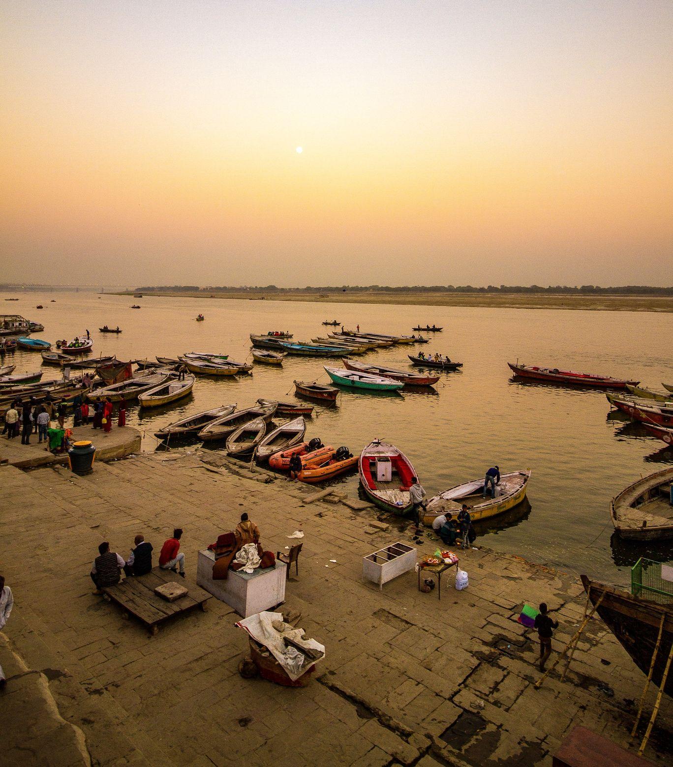 Photo of Varanasi By Maria Joslin Mendis