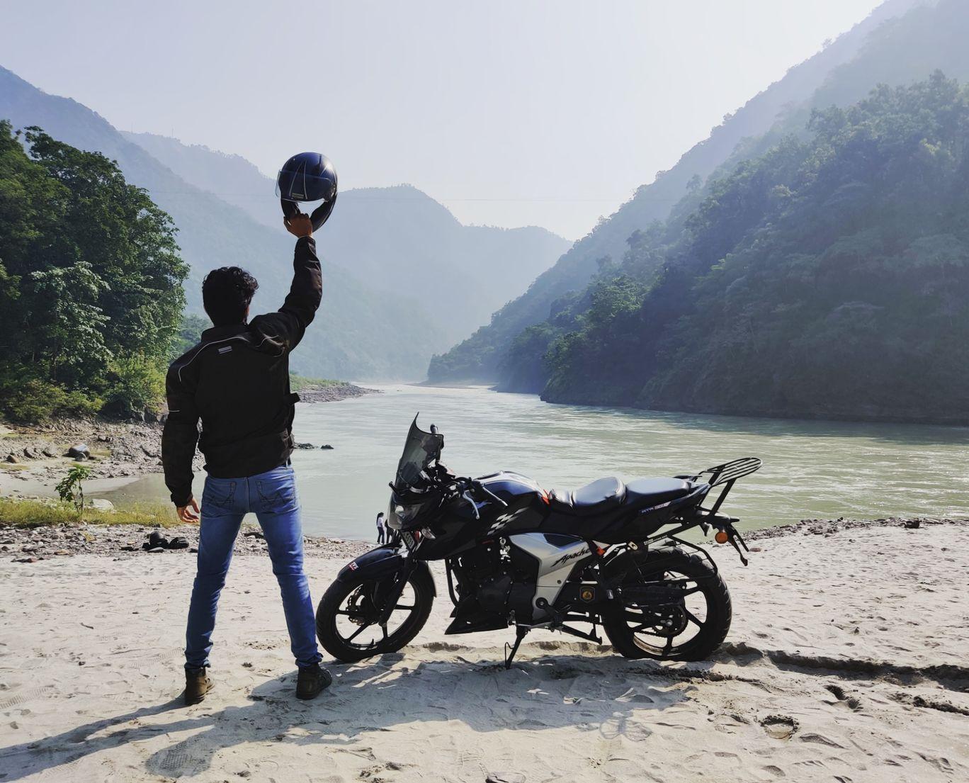 Photo of Rishikesh By Tushar Ahuja