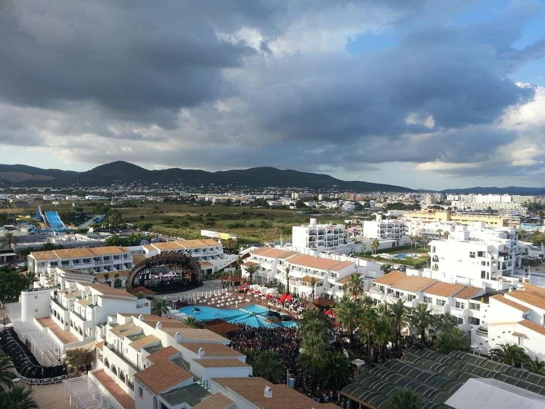 Photo of Ushuaia Ibiza Beach Hotel By Neeraj Sharma