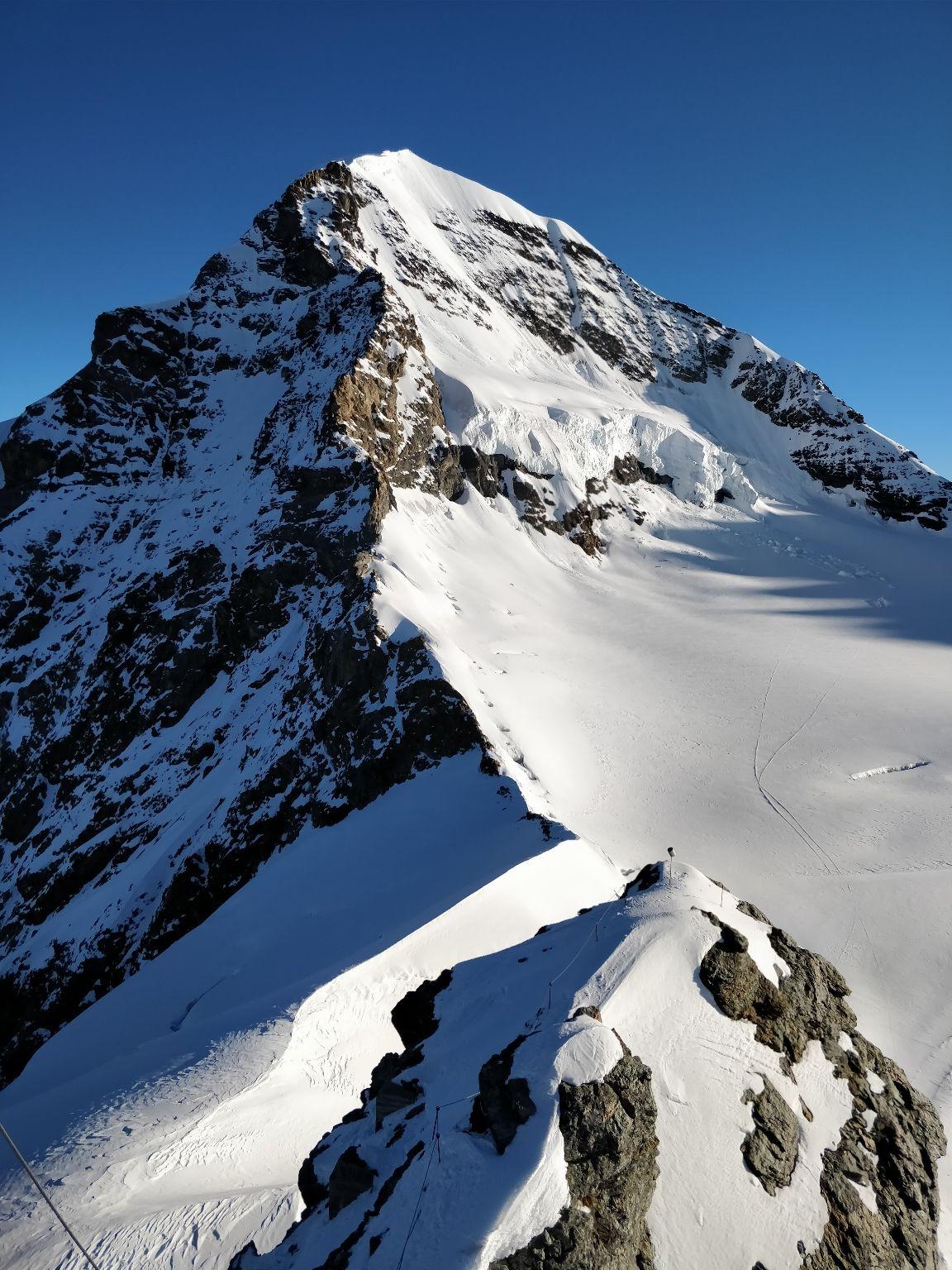 Photo of Jungfrau By Hemanth Singh