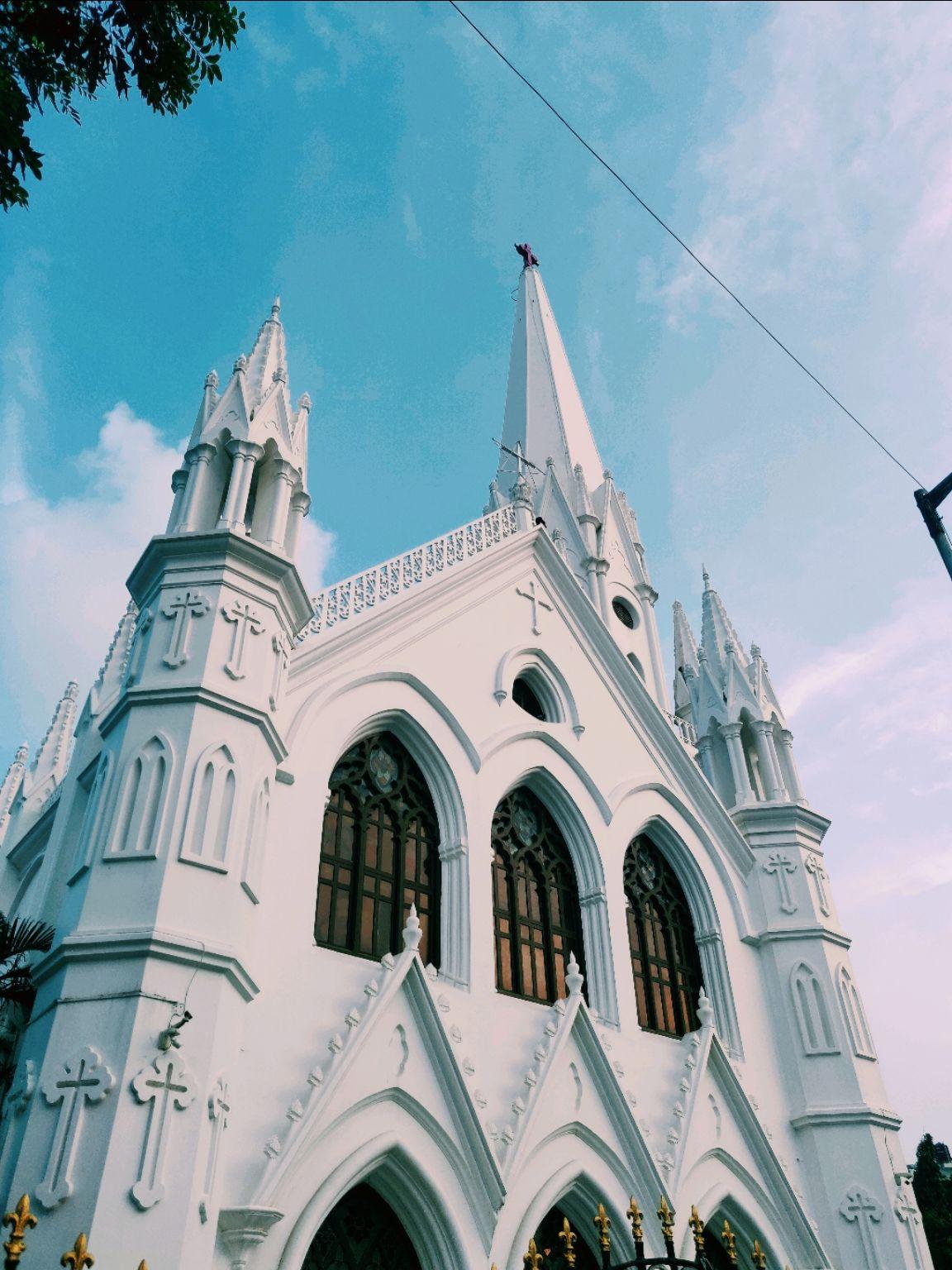 Photo of Santhome Cathedral Basilica By Saket Lakhotia