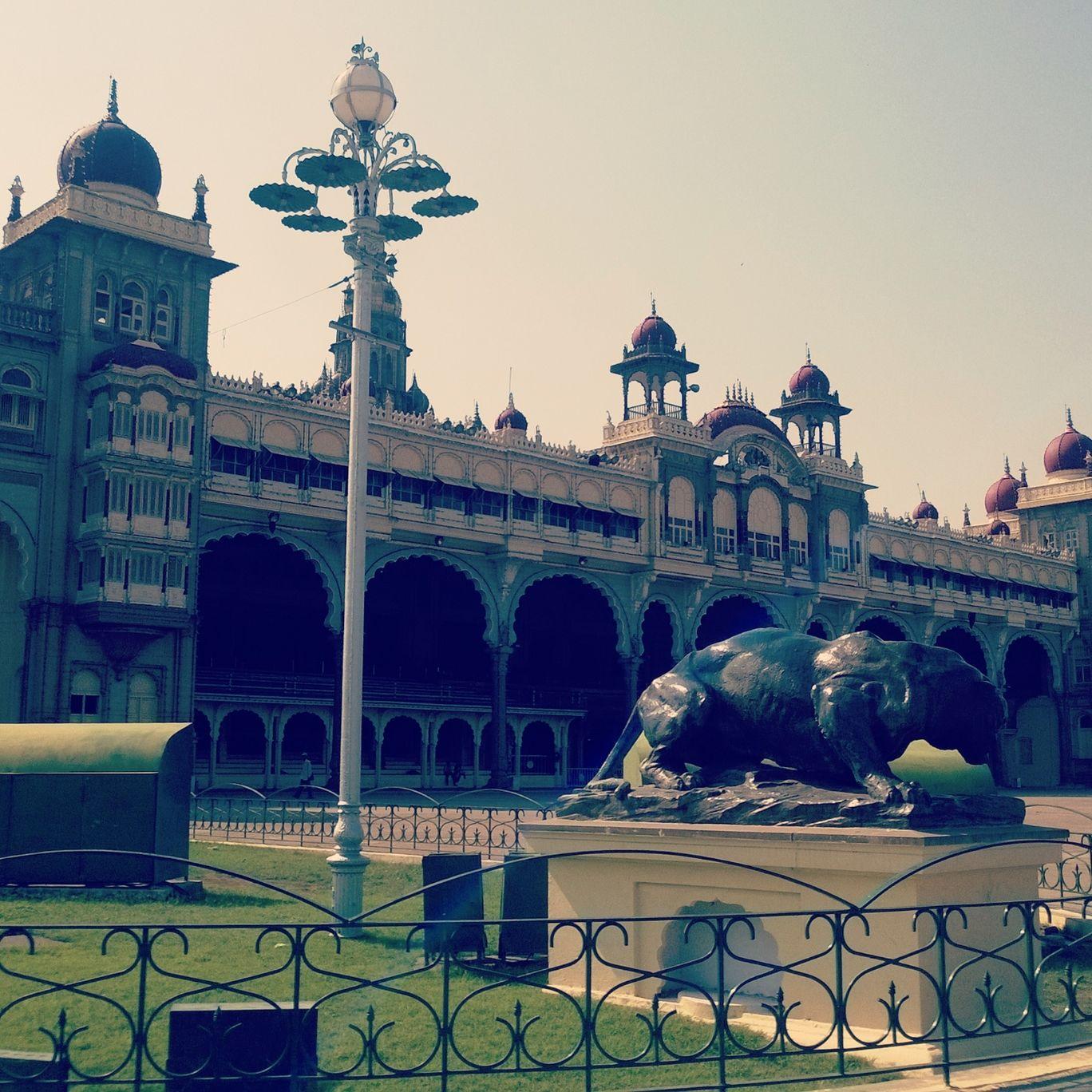 Photo of Mysore Palace By santhosh chandra