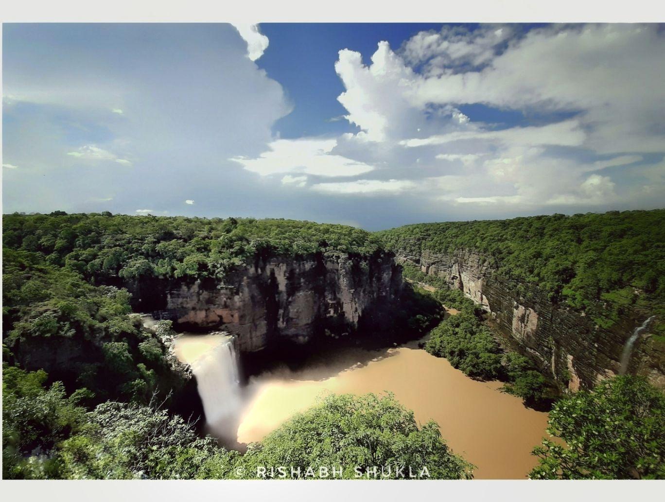 Photo of Devdari Waterfall By Rishabh Shukla