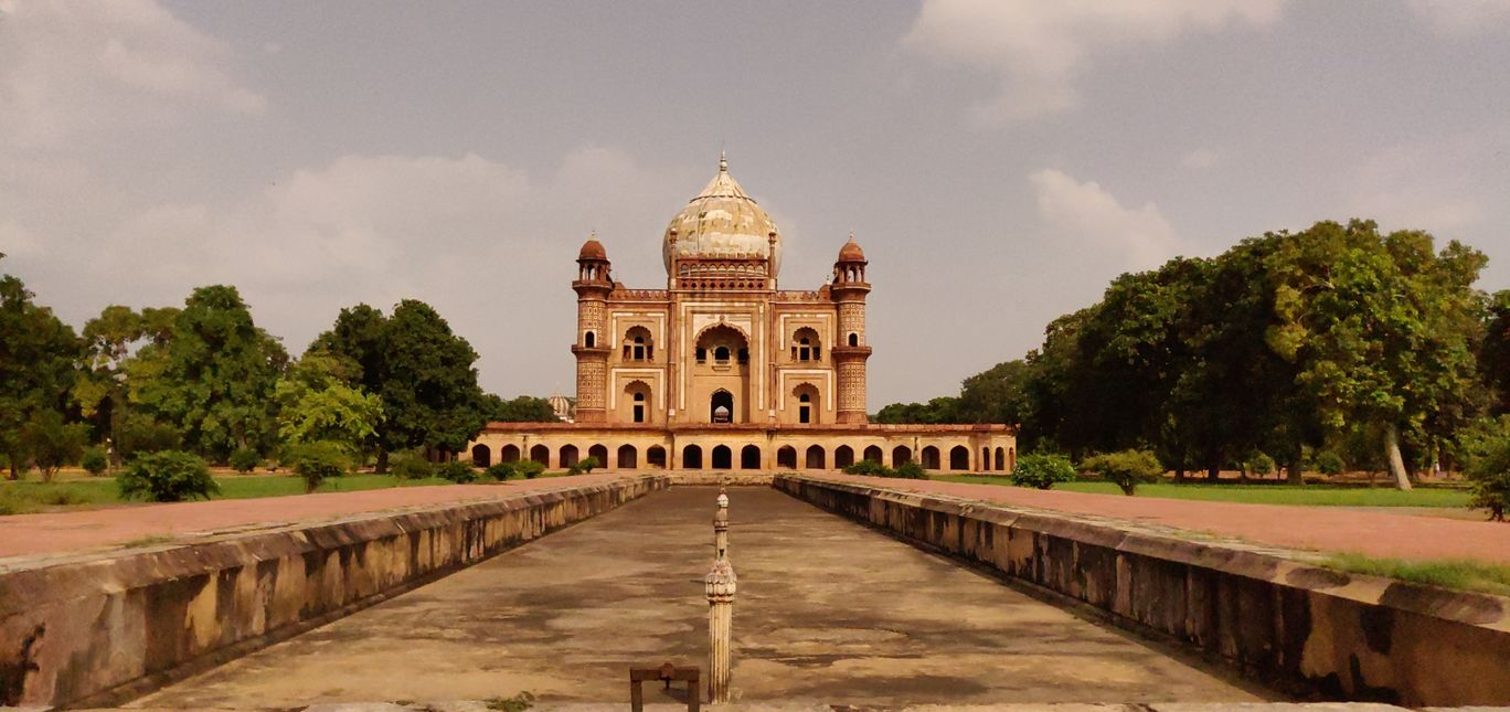 Photo of A visit to Safdarjung Tomb By Dinesh Lal