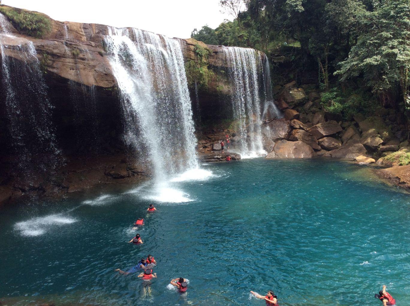 Photo of Krang Shuri Waterfall By DEBASMITA SEN