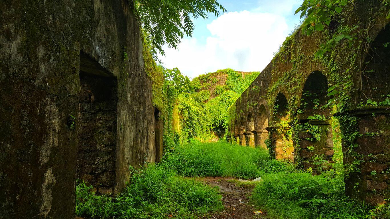 Photo of Ghodbunder Fort By Jagan Nadar