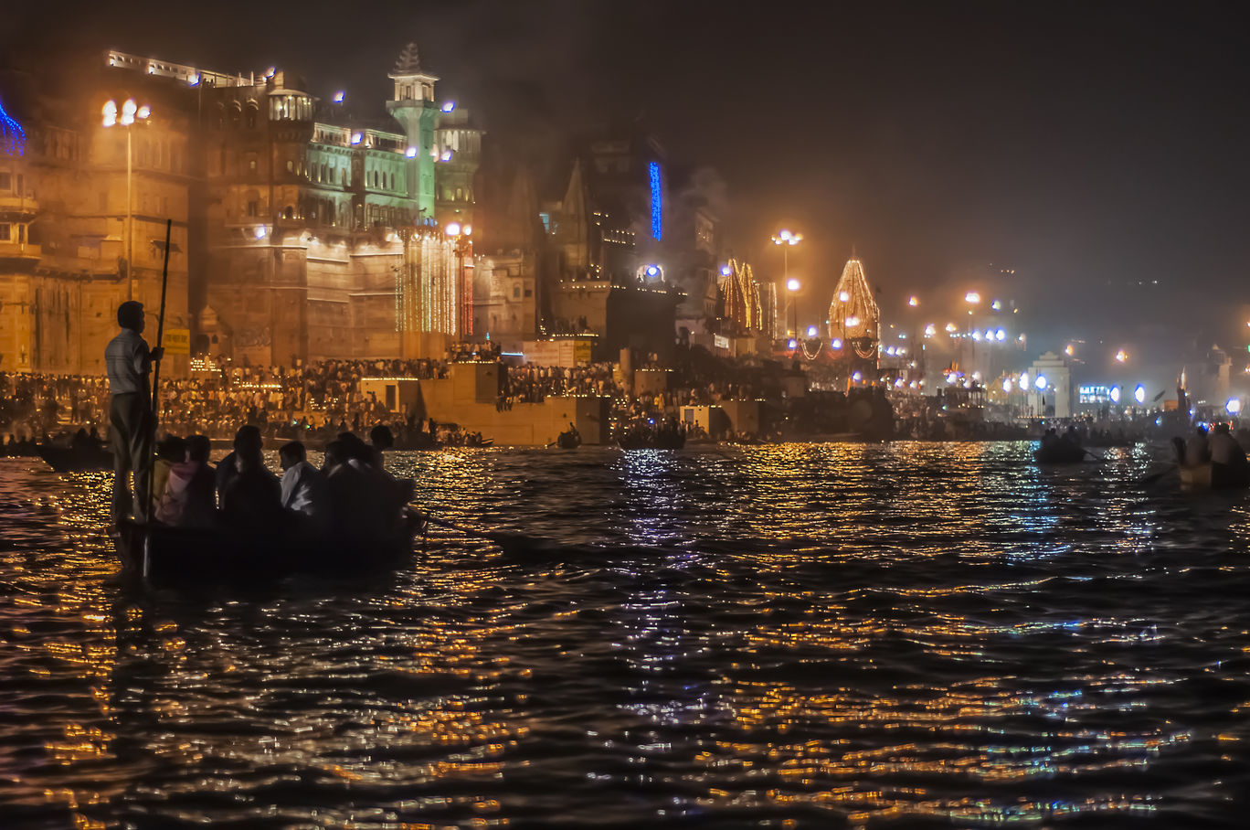 Photo of Varanasi By Rajendra Makharia