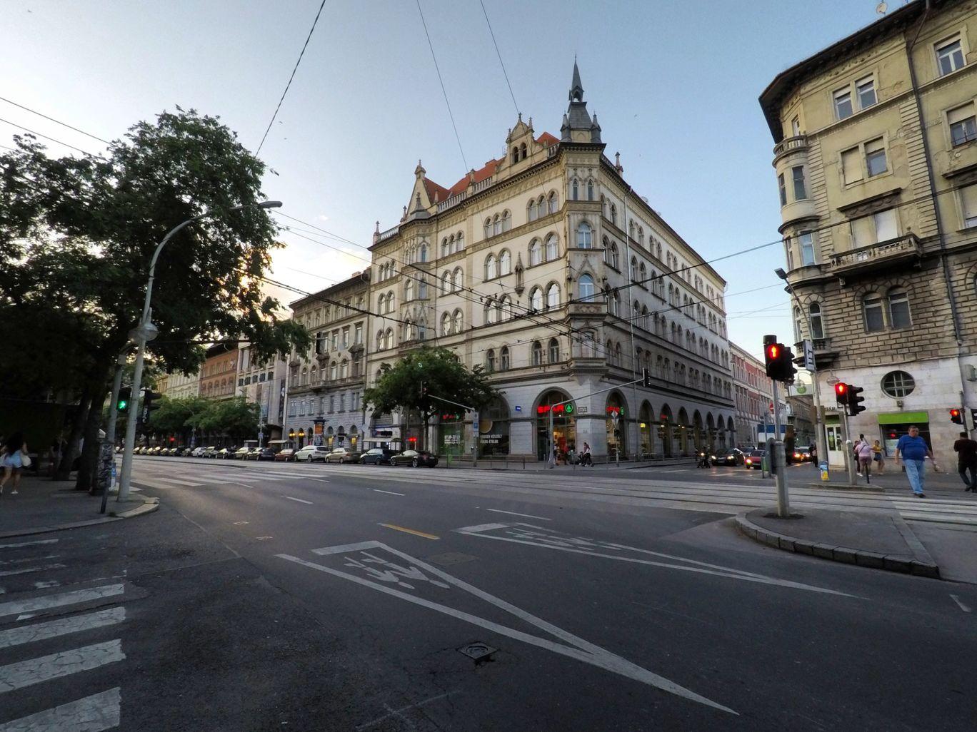 Photo of Budapest By Arnav Das