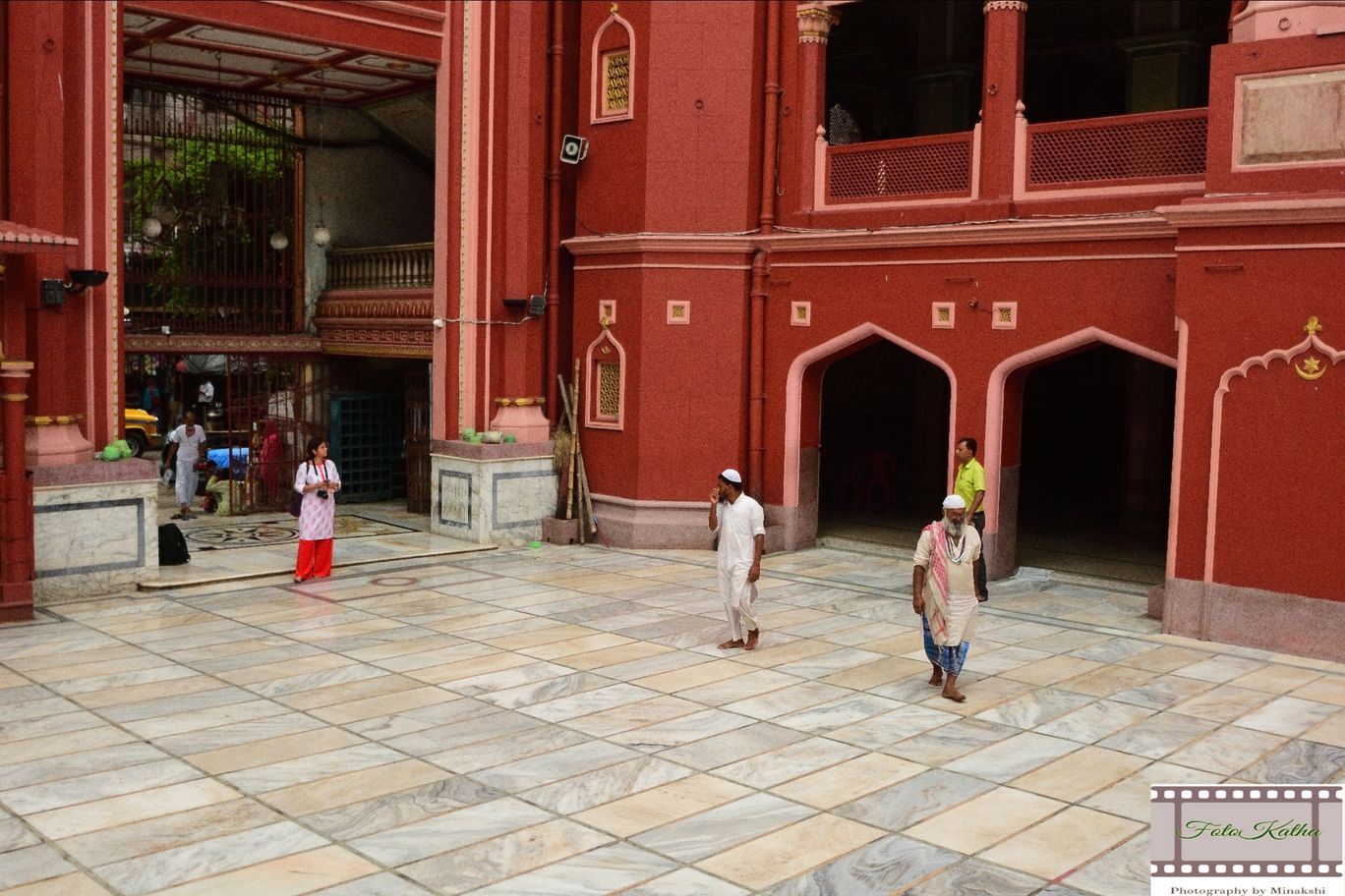 Photo of Nakhoda Masjid By Minakshi Sur