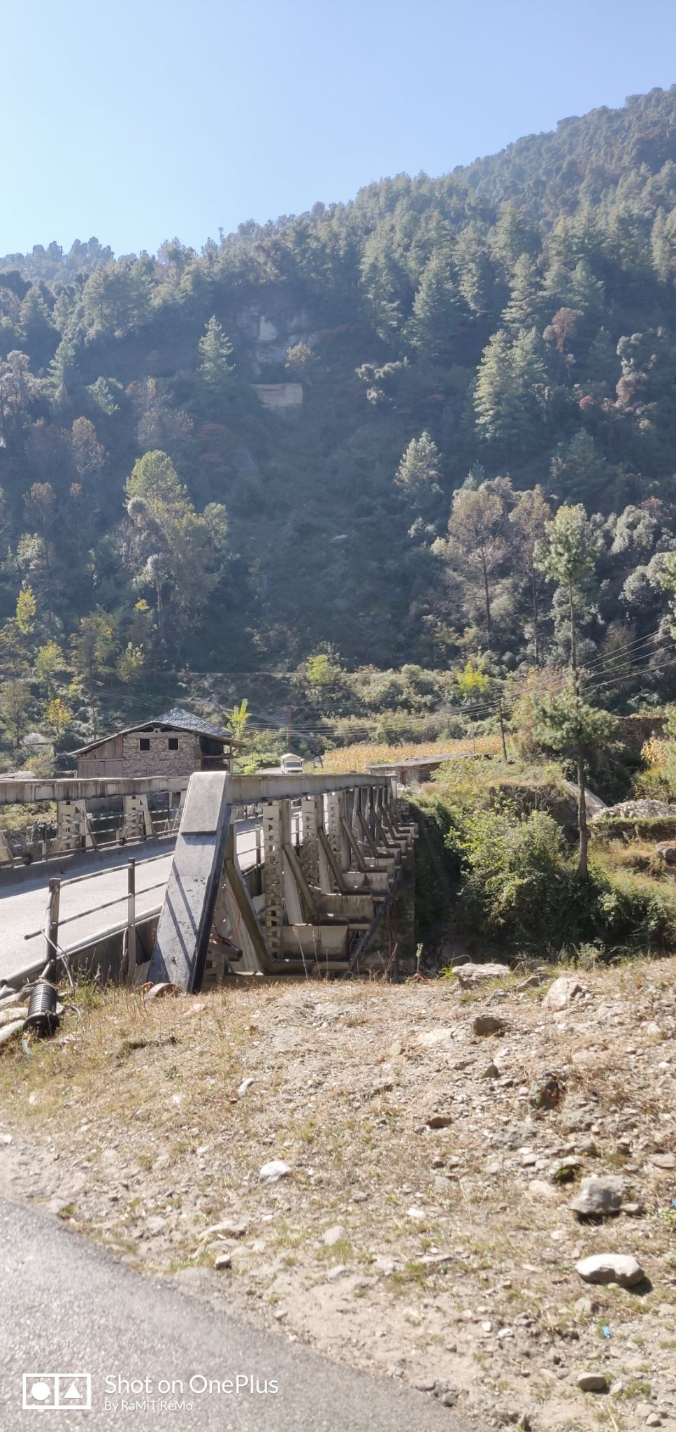 Photo of Barot Valley By Ramit Remo