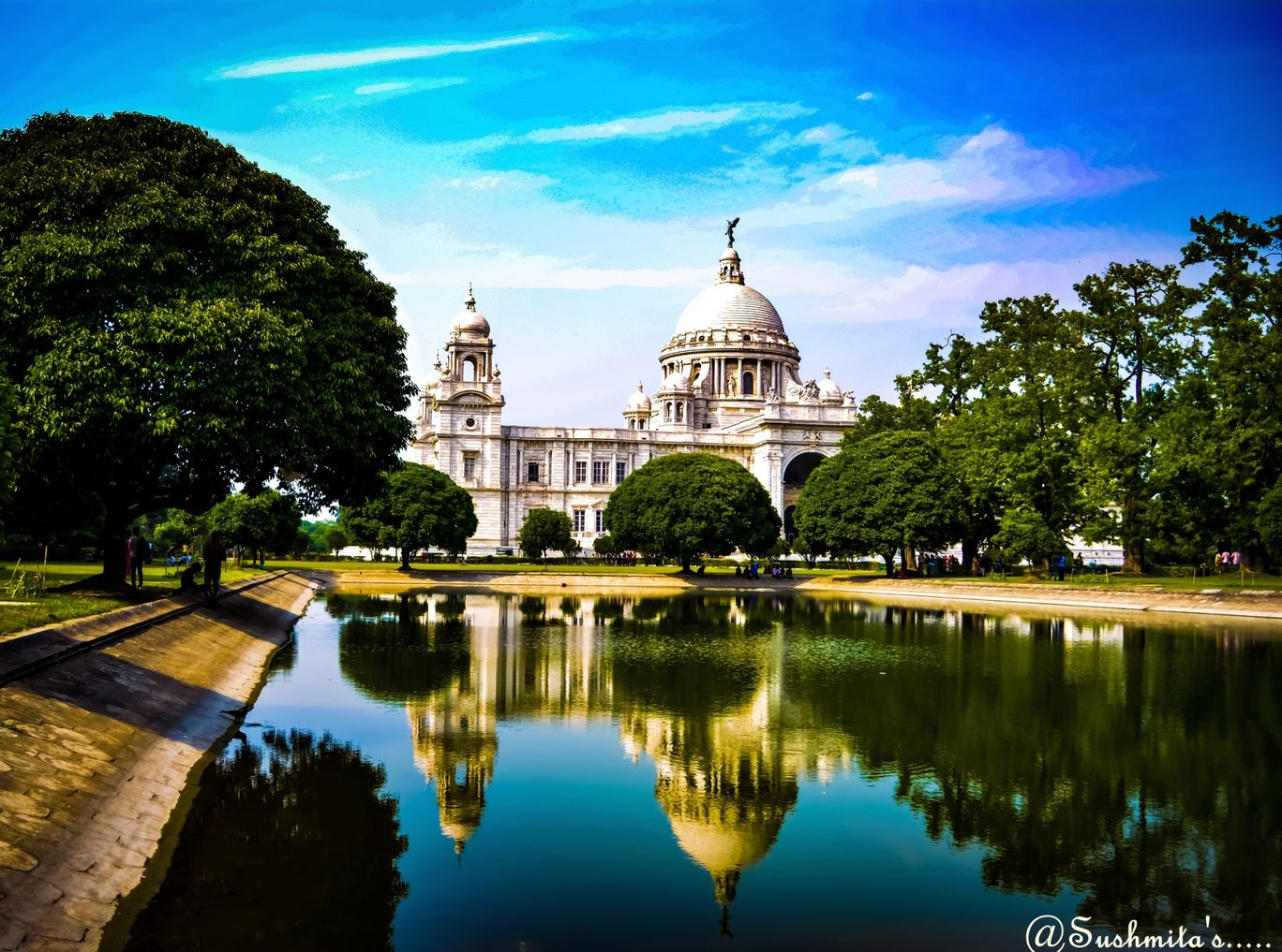 Photo of Victoria Memorial By Sushmita Mallick