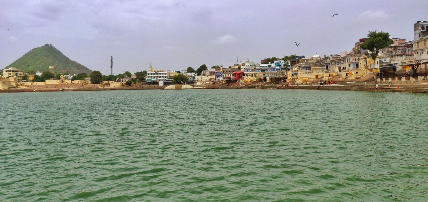 Photo of Pushkar Lake By Devaraj-The Nomadic Wanderer