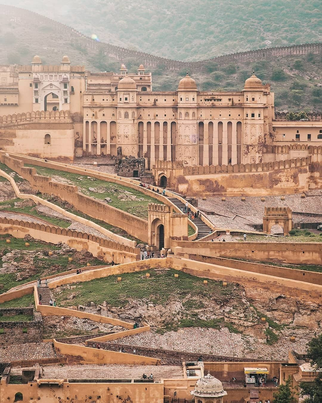 Photo of Amer Fort View Point By Famous Places in India