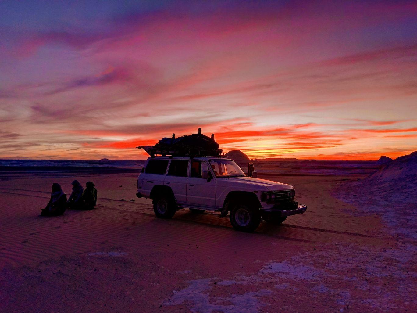 Photo of White Desert By Uddipan Halder
