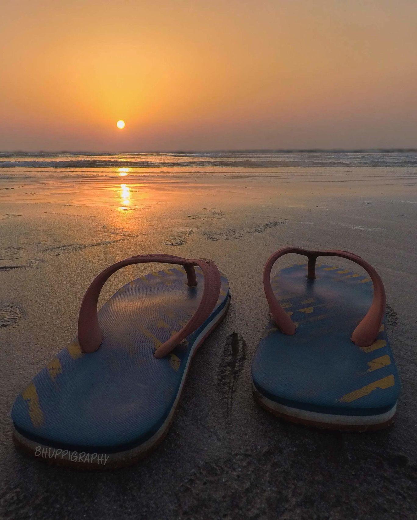 Photo of Srivardhan Beach By Bhupendra