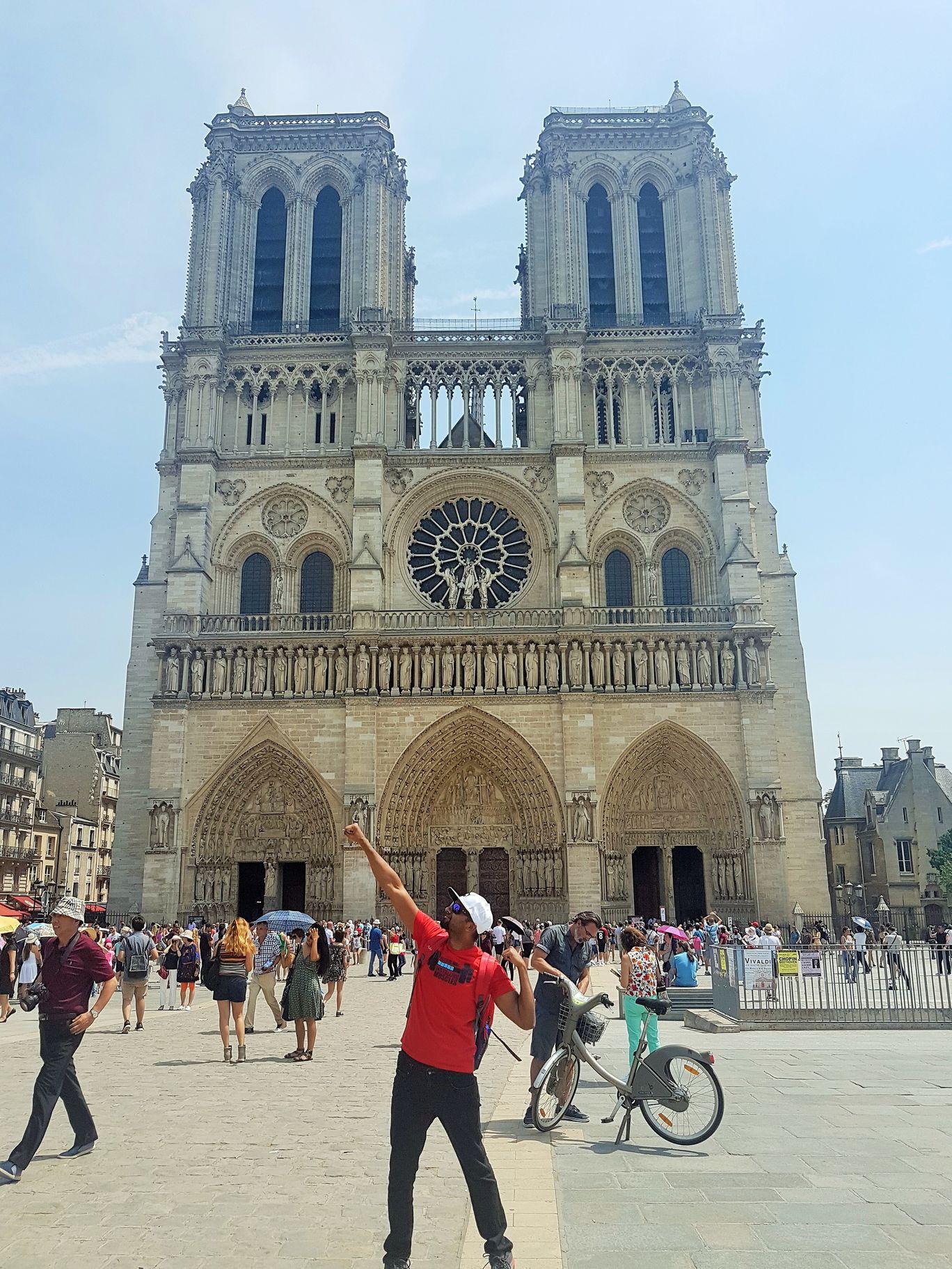 Photo of Paris By Kapil Kumar