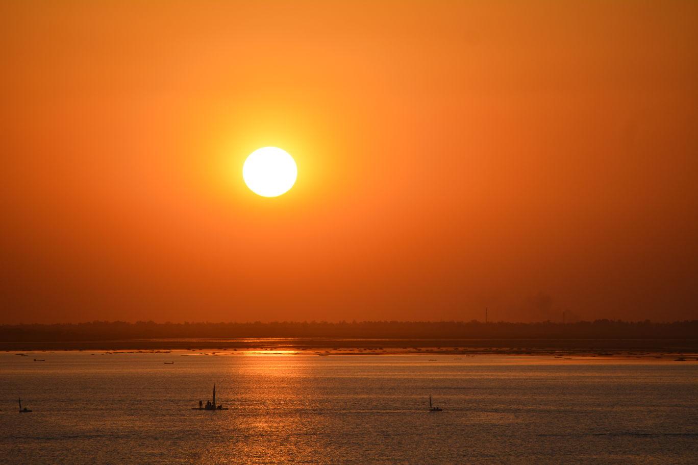 Photo of An Evening at Bharath Bhawan, Bhopal By Mahesh Maddala