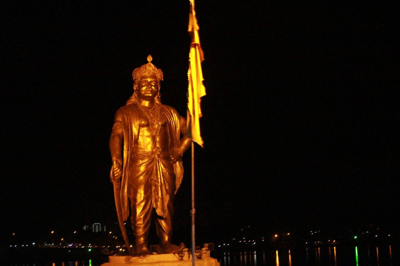 Photo of Bhopal's #Nightlife By Mahesh Maddala