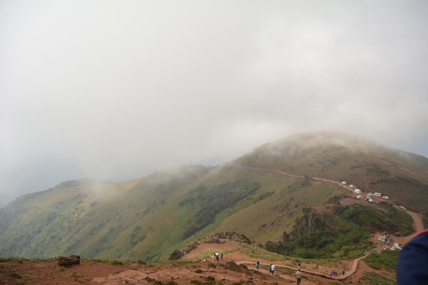 Photo of Mullayanagiri Trek - A Trek to the Apex of Karnataka By Mahesh Maddala