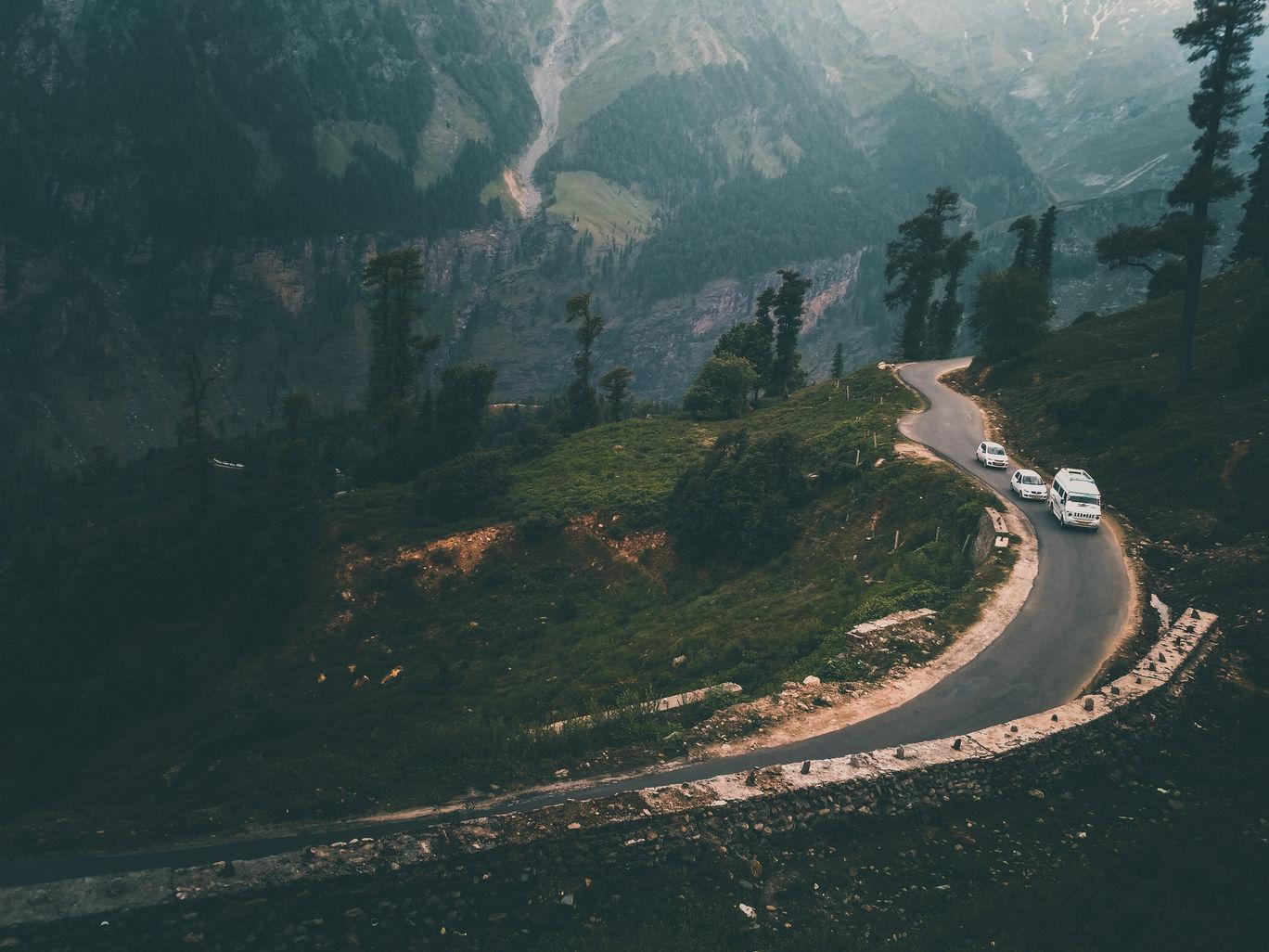 Photo of Leh Manali Highway By Vikas Sawant