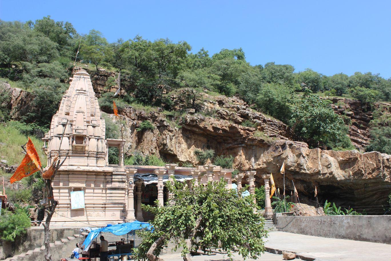 Photo of Niliya Mahadev Temple By Neha jain
