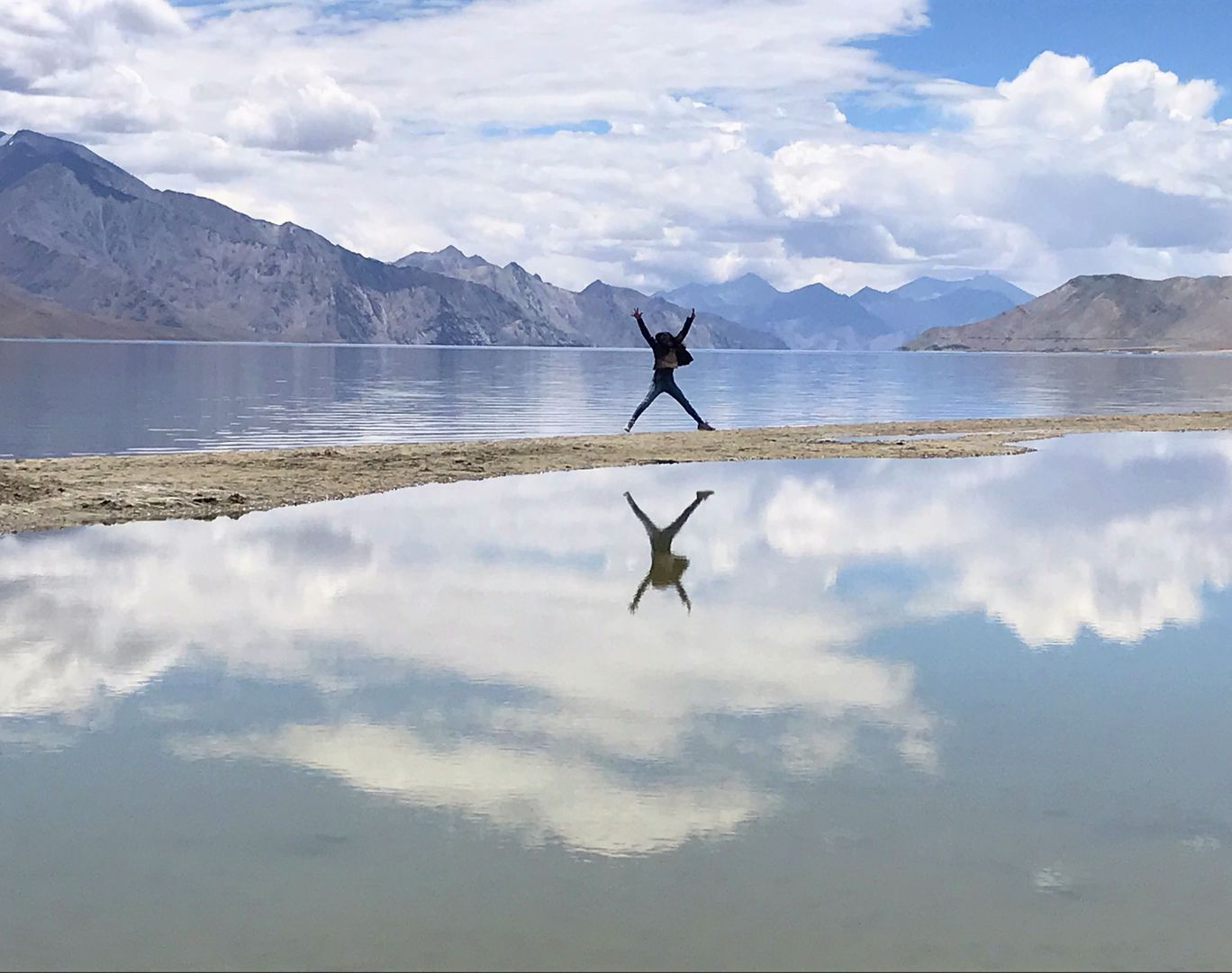 Photo of Pangong Lake By Aishwarya Jain
