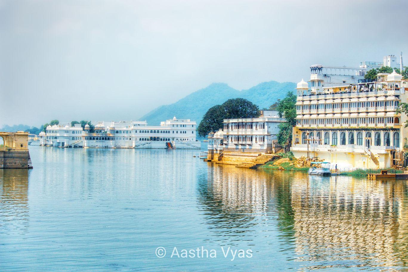 Photo of Lake Pichola By Aastha B. Vyas