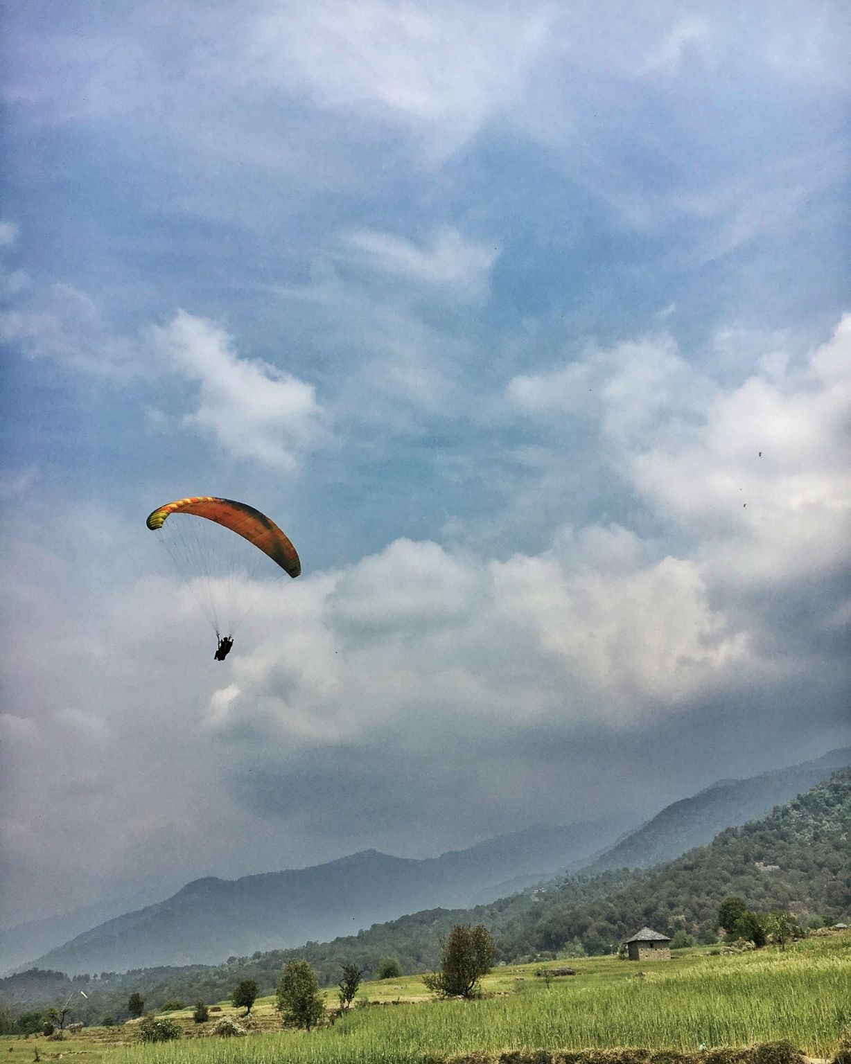 Photo of Bir Billing Paragliding By Sonali Madage