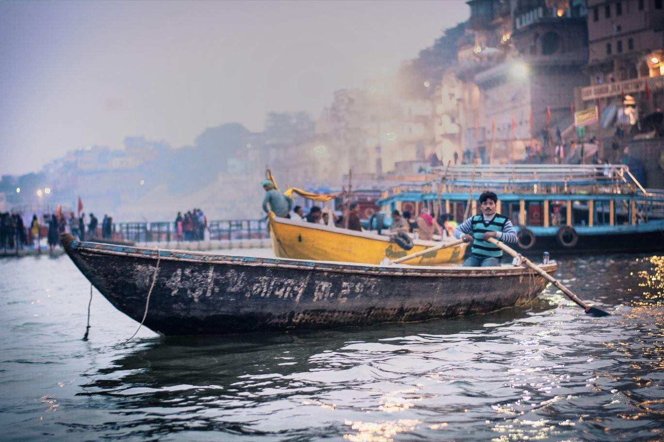 Photo of Varanasi By Himanshu Sadhwani