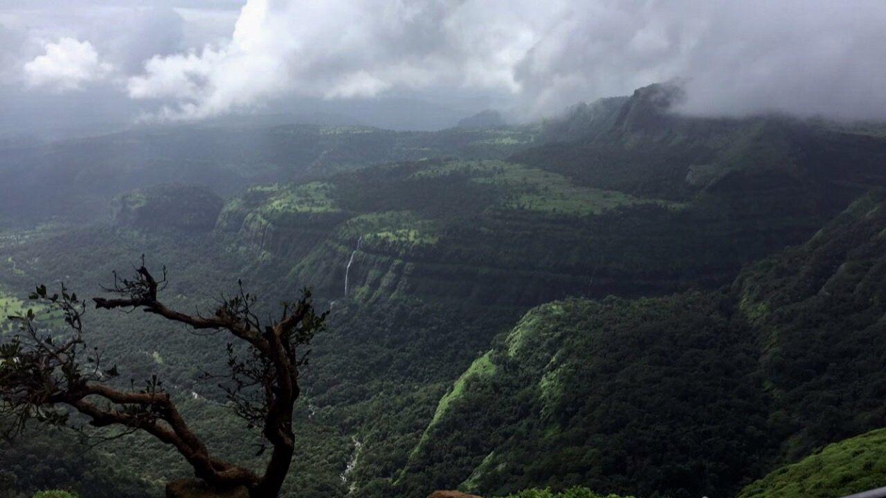 Photo of Lonavala By Gauri Tyagi