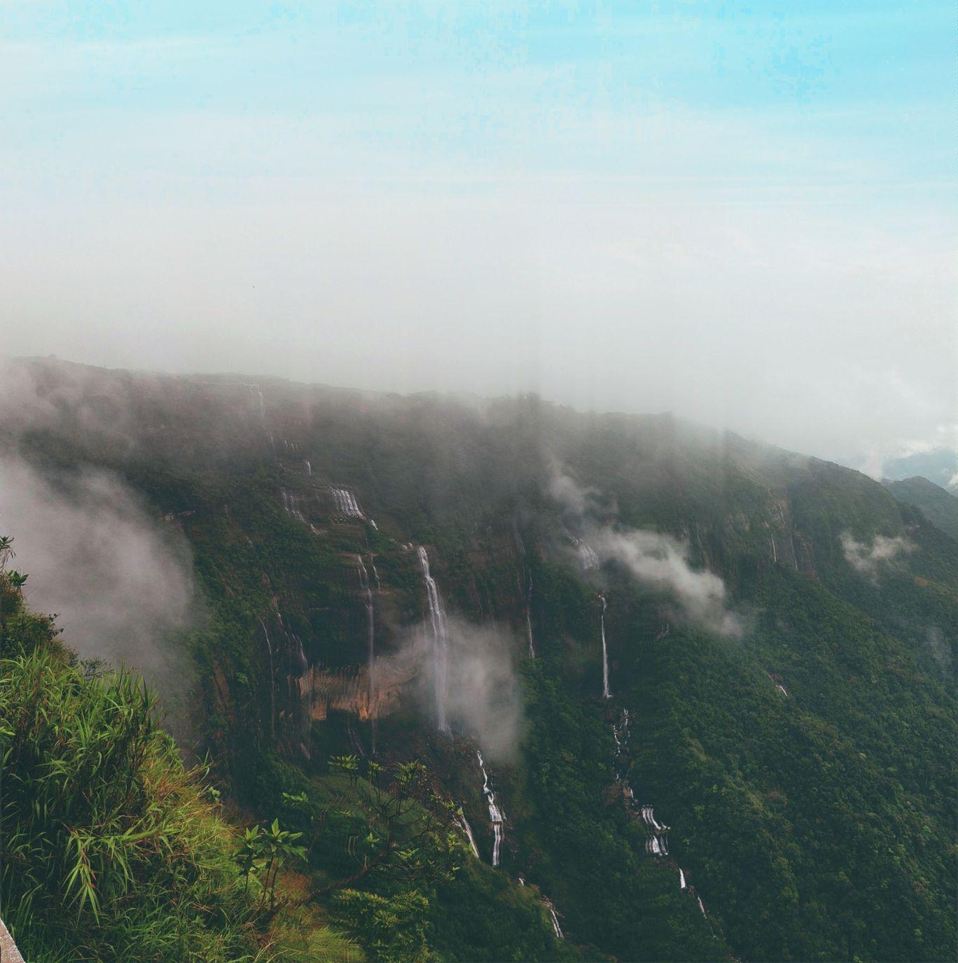 Photo of Seven Sisters Falls By Aazad Parinda