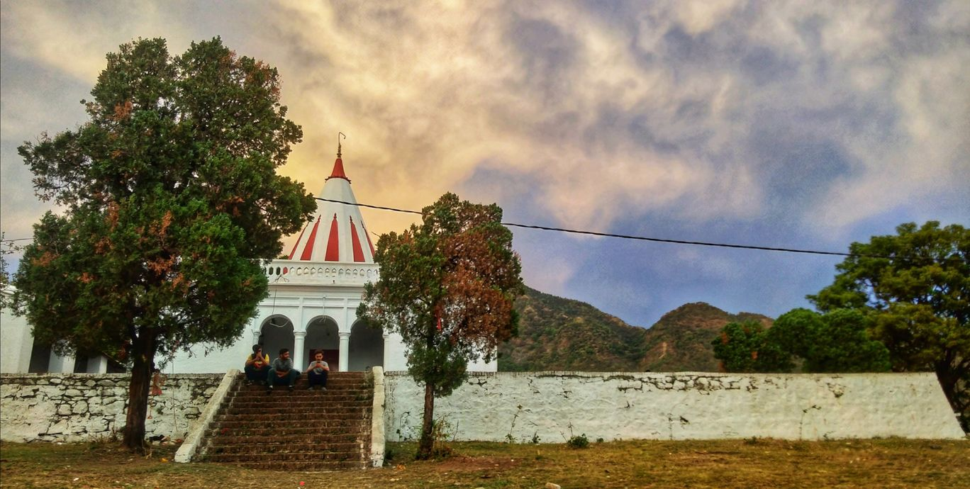 Photo of Dehradun By Rishabh CHawla