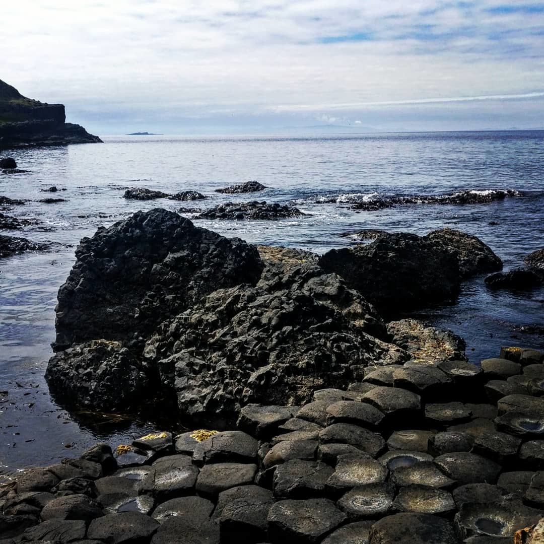 Photo of Giant's Causeway By Neville Chesan