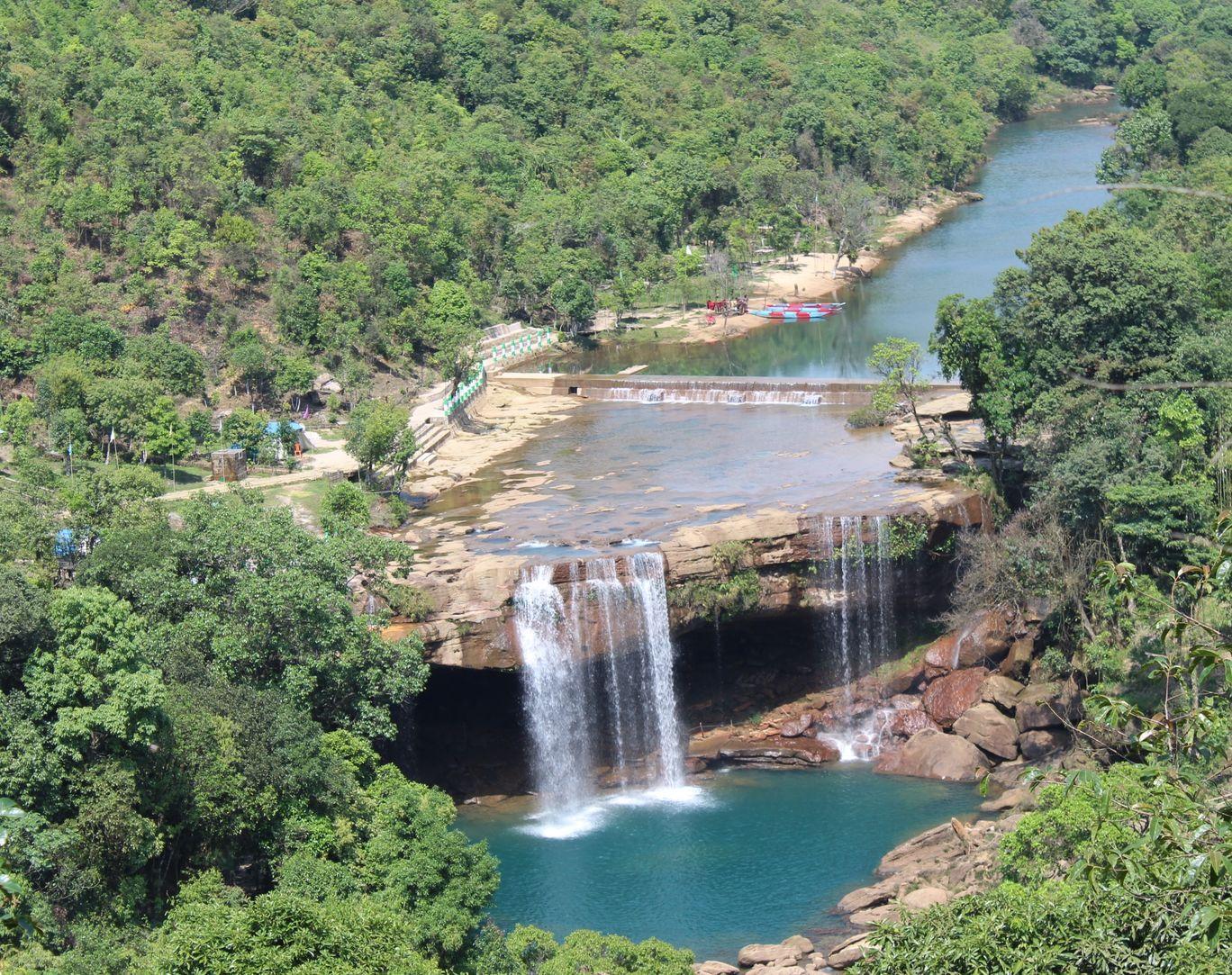 Photo of Krang Shuri Waterfall By Krishna Dev