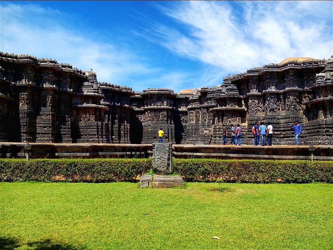 Photo of Halebidu By Wandering Budha