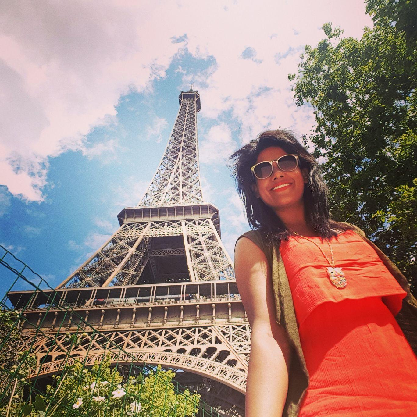 Photo of Eiffel Tower By Aparna De