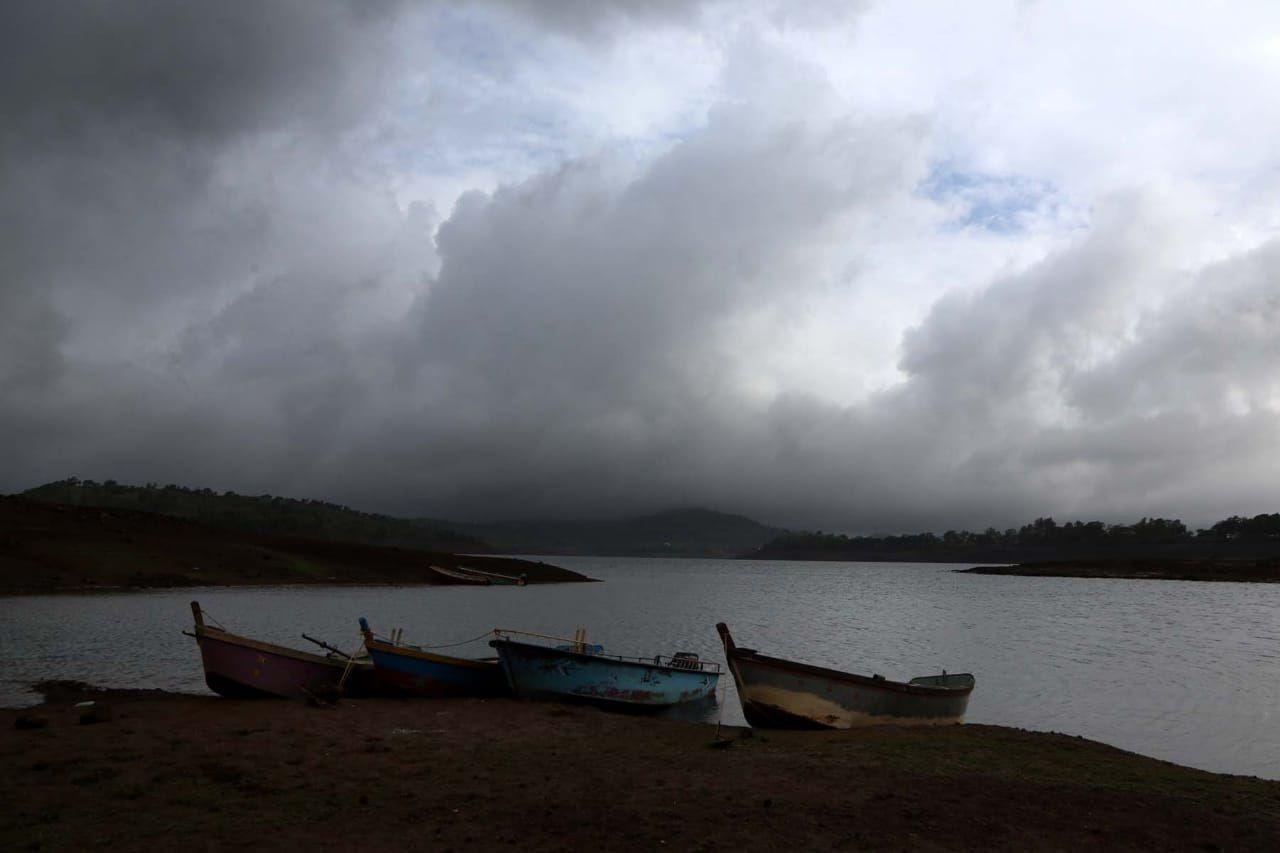 Photo of Bhandardara By Himanshi Kedia
