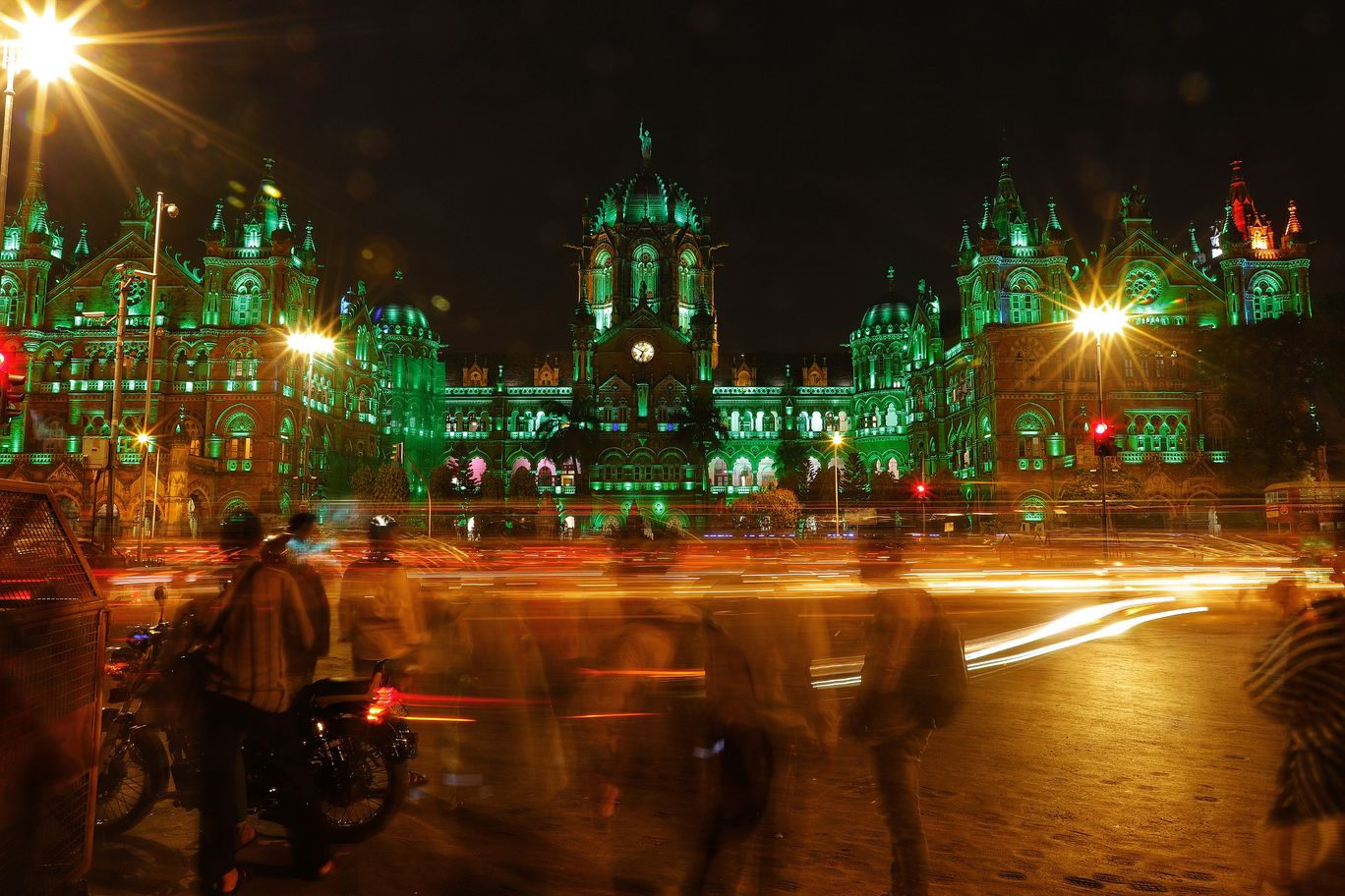 Photo of Mumbai - You can leave this place, but this place will never leave you By Kashish Lamba