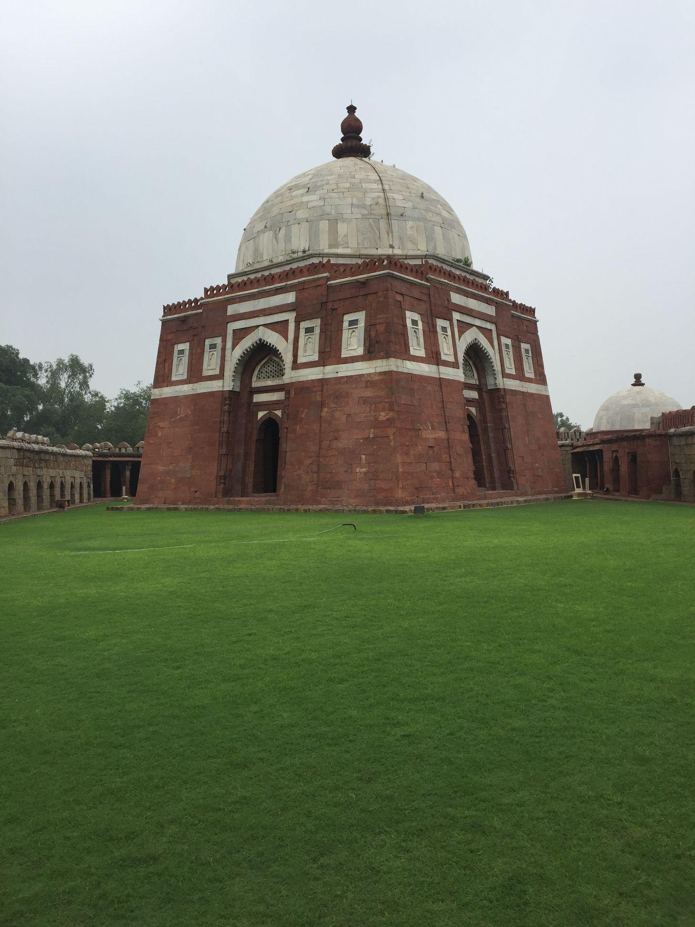 Photo of Ghiyasuddin Tughlaq's Tomb By Hijas AR
